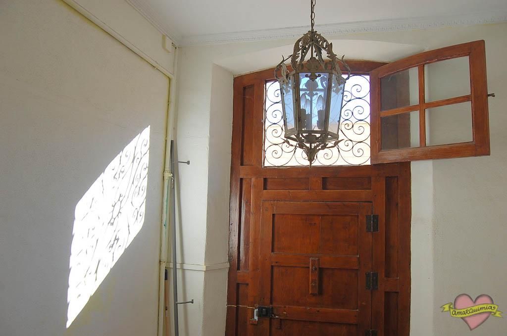 entrada antigua casa centro de Alicante