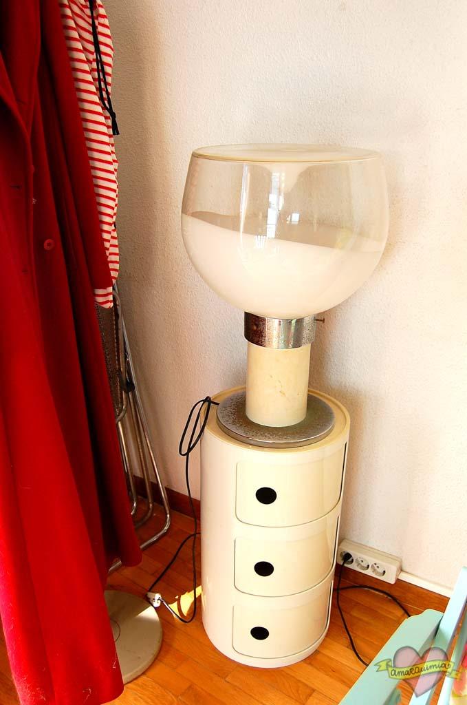 lámpara años 60 vintage blanca