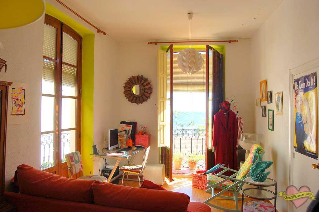 salón vintage decoración años 60 casa antigua centro de Alicante