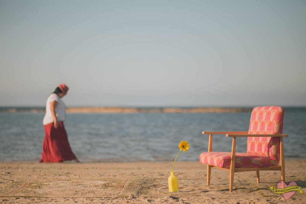 sillón nórdico restaurado y tapizado asesoramiento telas chulas Cartagena Murcia Alicante