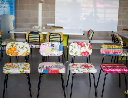 Tapicerías variadas y divertidas para sillas sala creativa CEEIC