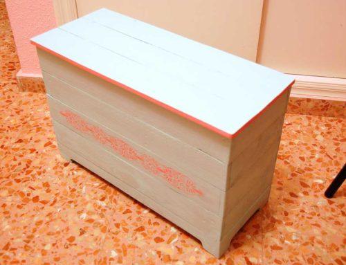 Diseño y construcción baúl con madera de palet