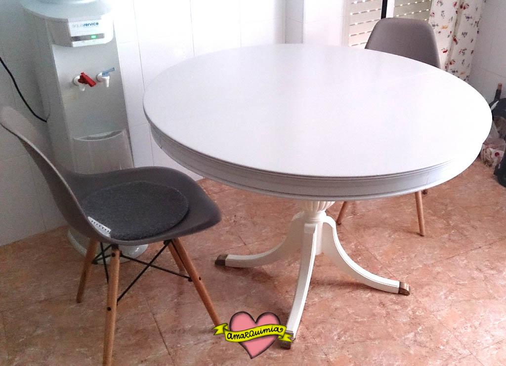 Desinsectación, restauración y pintado mesa redonda para la cocina ...